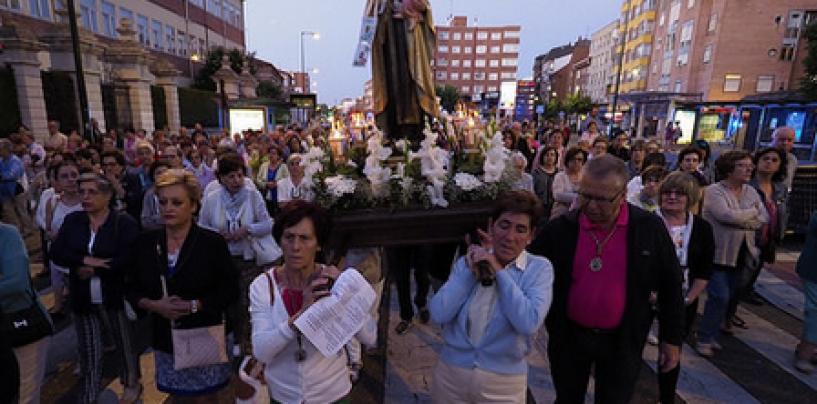 Rosario de la Aurora el día de Ntra. Sra. del Carmen