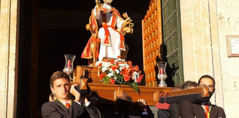 Triduo y procesión en honor a San Pedro Apostol