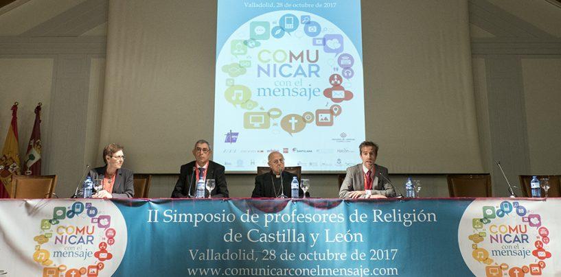 Medio millar de profesores de Castilla y León participaron en el simposio Religión en la Escuela