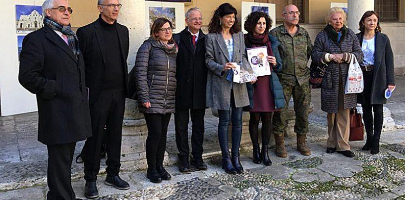 El Palacio Real acoge una exposición fotográfica sobre la Semana Santa en Puglia y Valladolid