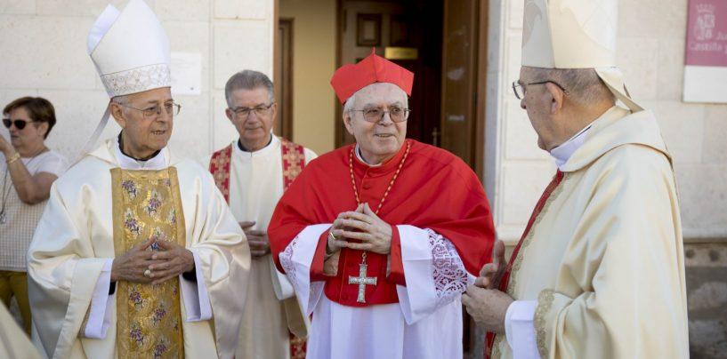 Canillas rinde homenaje al cardenal Aquilino Bocos