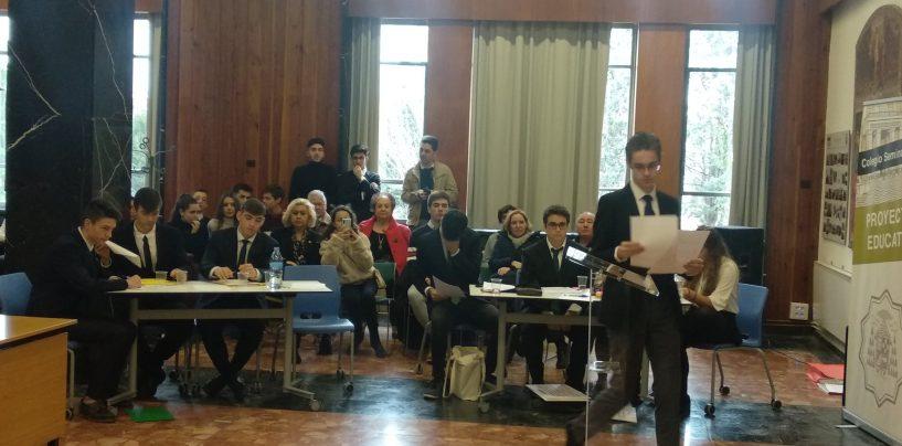 Semifinal del Torneo Escolar de Debate