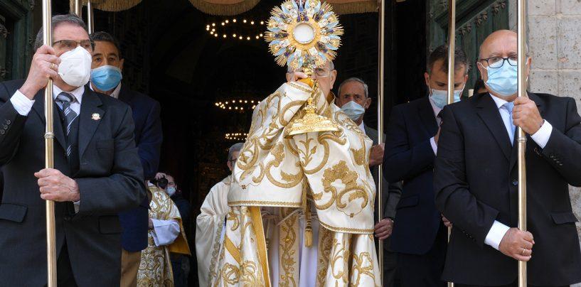La catedral acoge una Eucaristía con exposición del Santísimo en la solemnidad del Corpus
