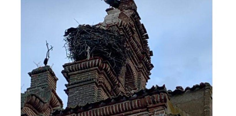 Un rayo provoca importantes daños en la iglesia de Castrejón