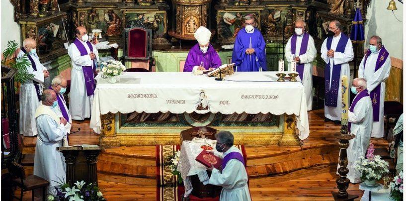 Funeral por el sacerdote Félix Ángel Velasco